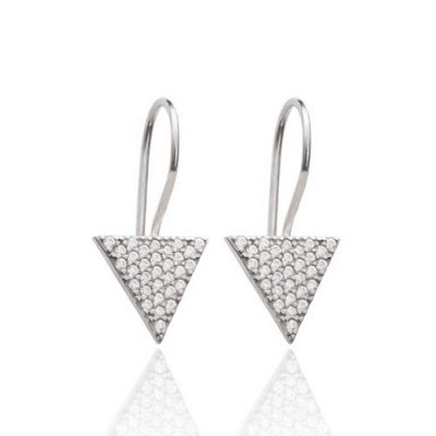 prekrasne srebrne naušnice u obliku trokuta s cirkonima